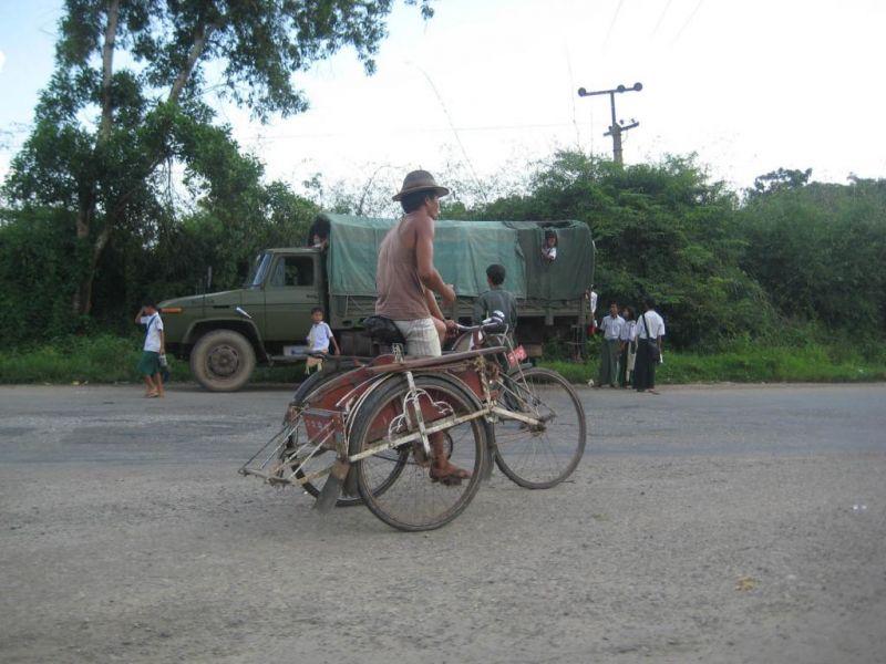 Люлька на велосипед видео