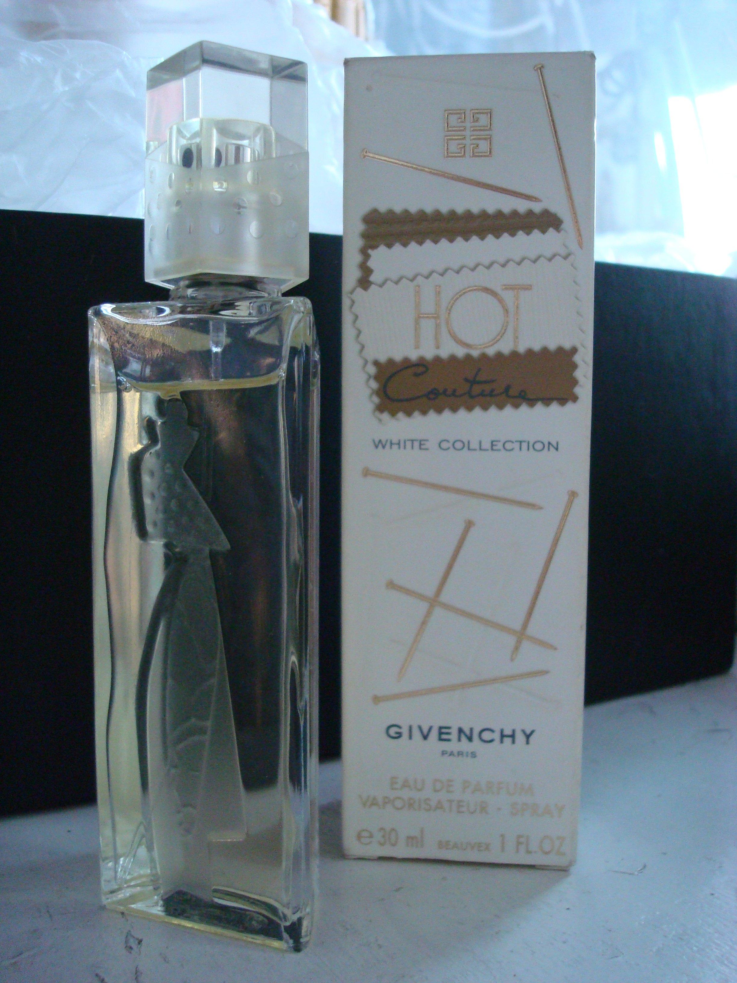 Парфюм дня - Hot Couture White Collection Givenchy
