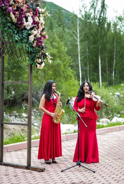 boho chic wedding ceremony