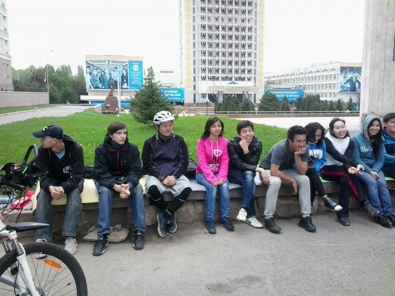 Занятие велошколы со студентами КазНУ.