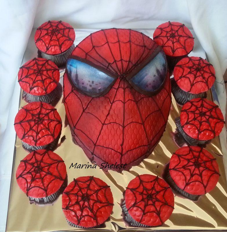 Спайдермен-маска с шоколадными капкейками