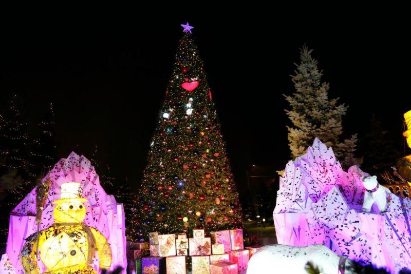 2013 год. Новогодние подарки для детей