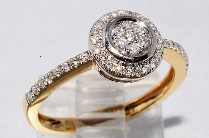 Красивое кольцо, желтое золото, бриллианты