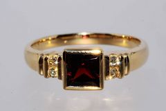 Кольцо гранат бриллианты