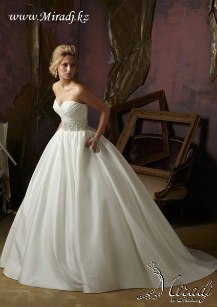 Свадебное платье из коллекции Novia 2013 - NK08