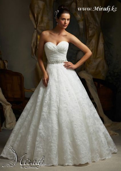 Свадебное платье из коллекции Novia 2013 - NK09