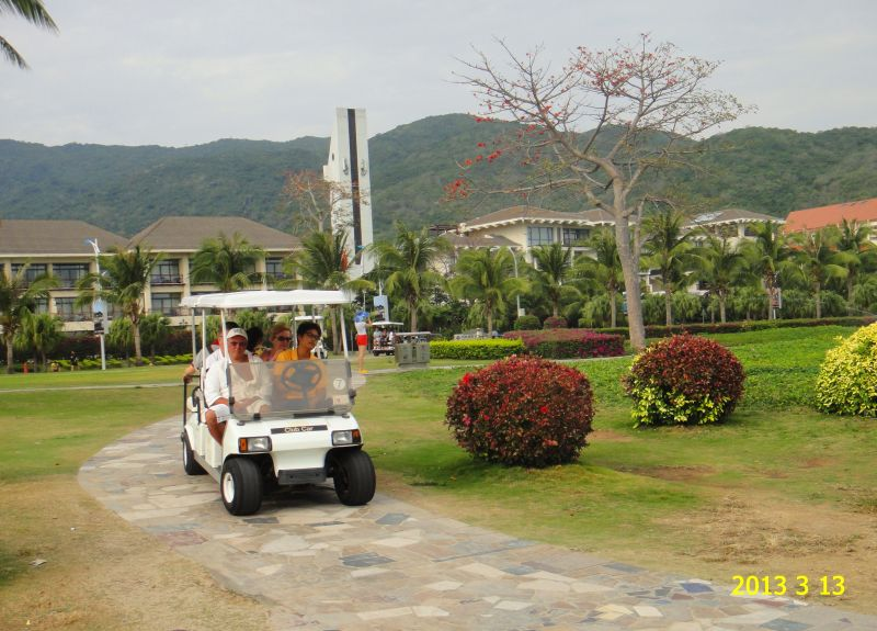 Хайнань, отель Кактус, машинка на пляж
