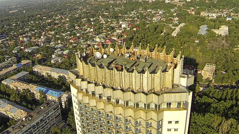 крыша гостиницы Казахстан