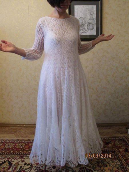 Платье вязаное мохеровое
