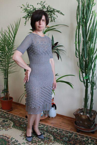 Изовязаное платье