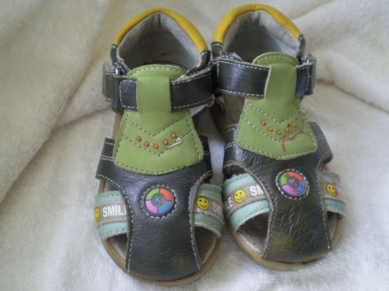 3. сандали размер 23