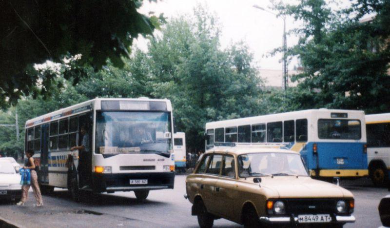 M 84 89 AT