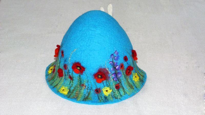 Банная шапка с маками и стрекозой .