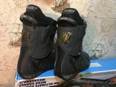 Ботинки Burton размер 45 (28-29см). Цена: 55000тг.