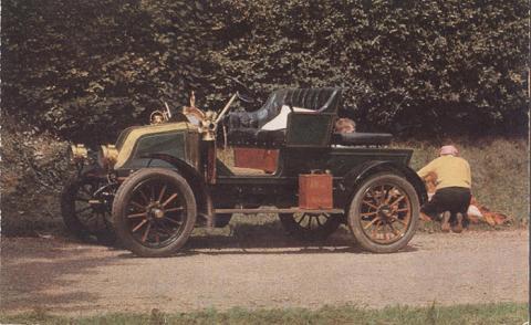 5802 1907 Renault 7.9 hp Voiturette.jpg