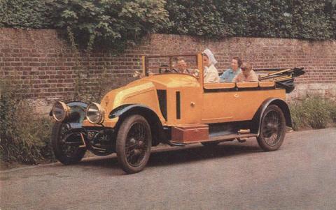 6-01-58-04 1912 Schneider 18_22 hp Cabriolet.jpg