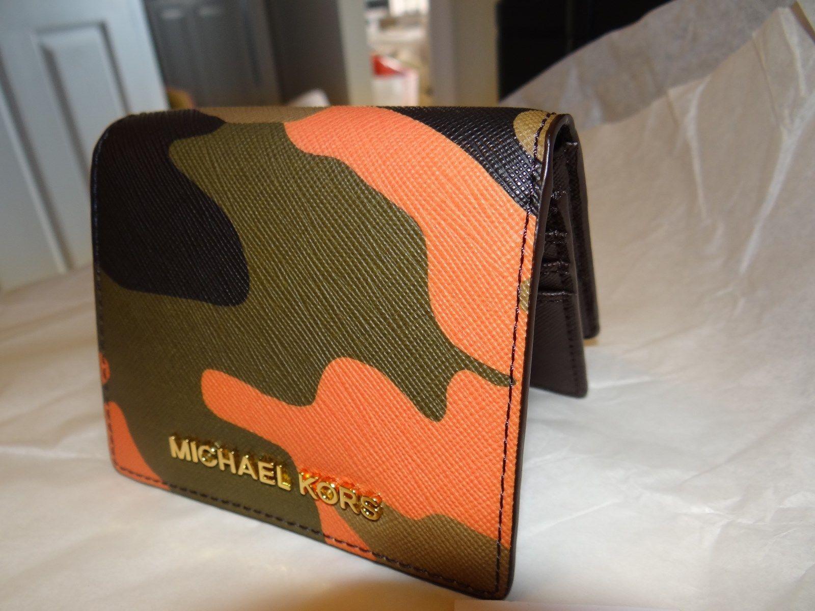 Michael Kors оригинальный новый кошелек - Одежда и галантерея - Все ... d4d512893d5