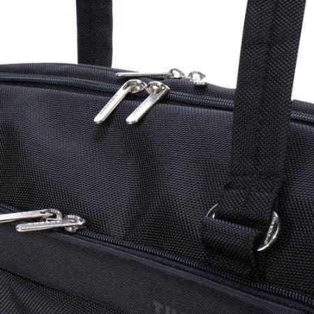 Продам сумку для ноутбука, почти новая , Носить эту сумку можно как на...