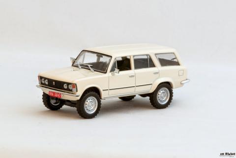 Fiat 125p 4x4 (DeAgostini) (01).jpg
