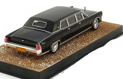 James-Bond-Lincoln-Continental-Stretched-Limousine-Altaya-007-Collection-007-119-2.jpg