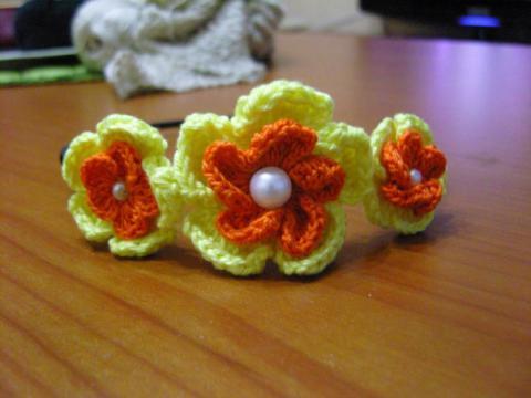 Немного о вязании.  Вязание спицами. .  Вязать ободки можно из различных...
