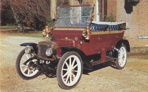 VC13 1910 12 HP Adler.jpg