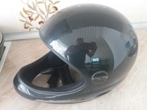 helmet1.jpeg