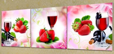 триптих вино клубника.jpg