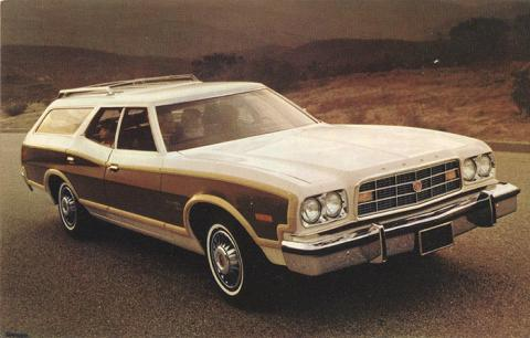 1973 Ford Gran Torino Squire.jpg