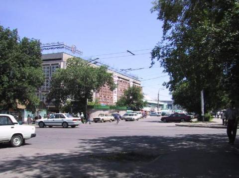 Жибек Жолы-Пушкина(1990-е).jpg