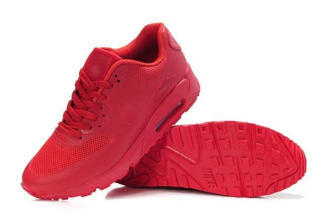 Красные кроссовки найк женские