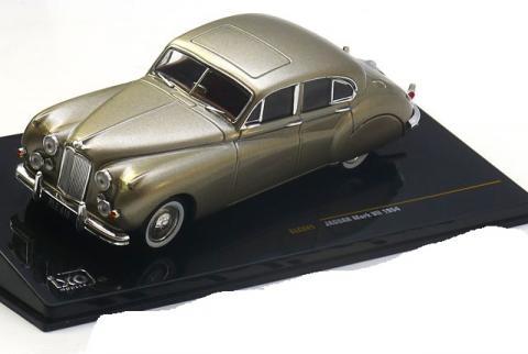Jaguar-Mark-7-Ixo-CLC241-0.jpg