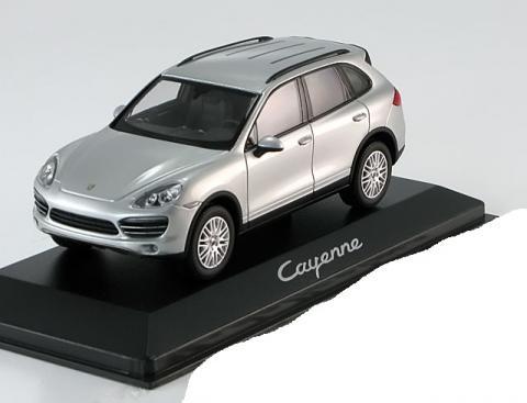 Porsche-Cayenne-Minichamps-WAP-020-00-20B-0.jpg