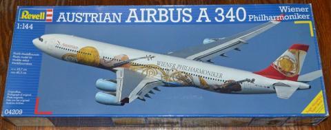 Airbus_A-340_SAS.JPG