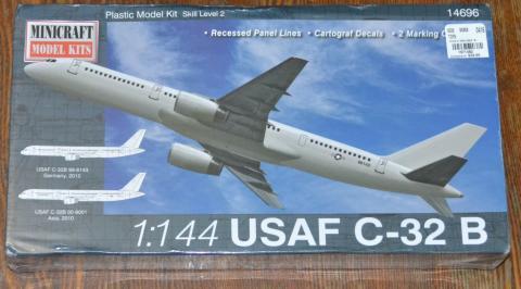 Boeing 757.JPG