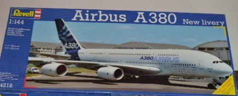 Airbus A380 box Revell.jpg