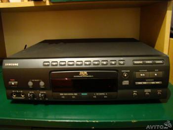 CD-karaoke-samsung-KCD-11-m429.jpg