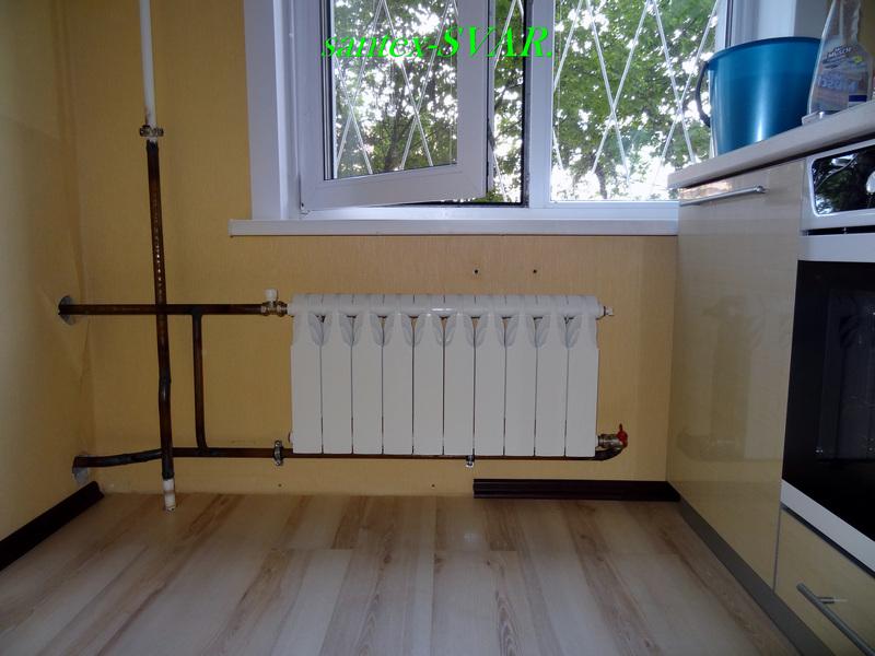 Радиатор кухни на более горячий стояк спальни. - все вместе.