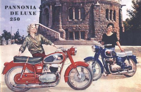 Pannonia De Lux 250 motorkerekpar.jpg