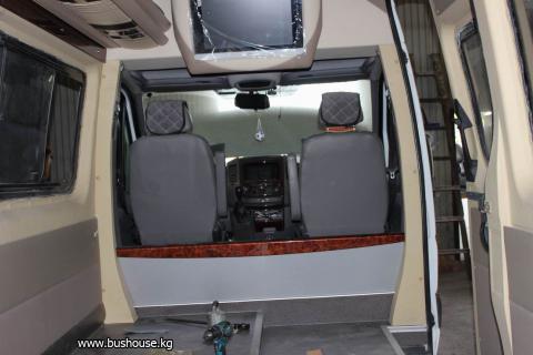 Потолок в микроавтобус с бежевыми шахтами_06.JPG