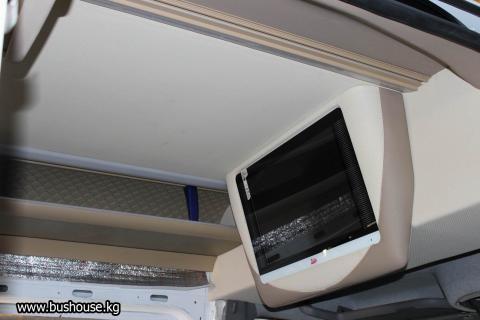 Потолок в микроавтобус с бежевыми шахтами_05.JPG