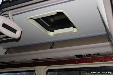 Потолок в микроавтобус с бежевыми шахтами_04.JPG