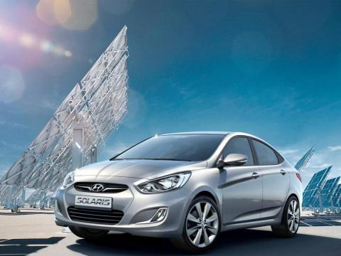 hyundai_solaris_sedan_2010.jpg