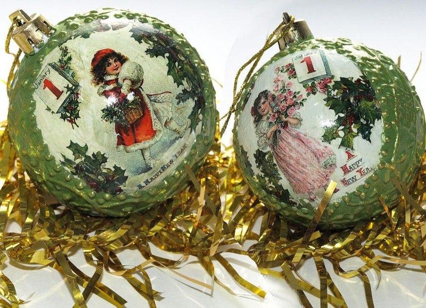 Декупаж новогодних шаров