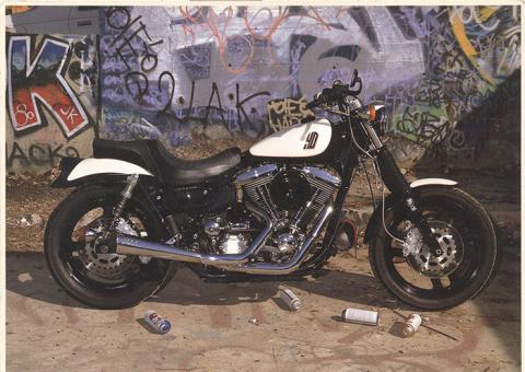 10994 1988 Harley Davidson Lowrider.jpg