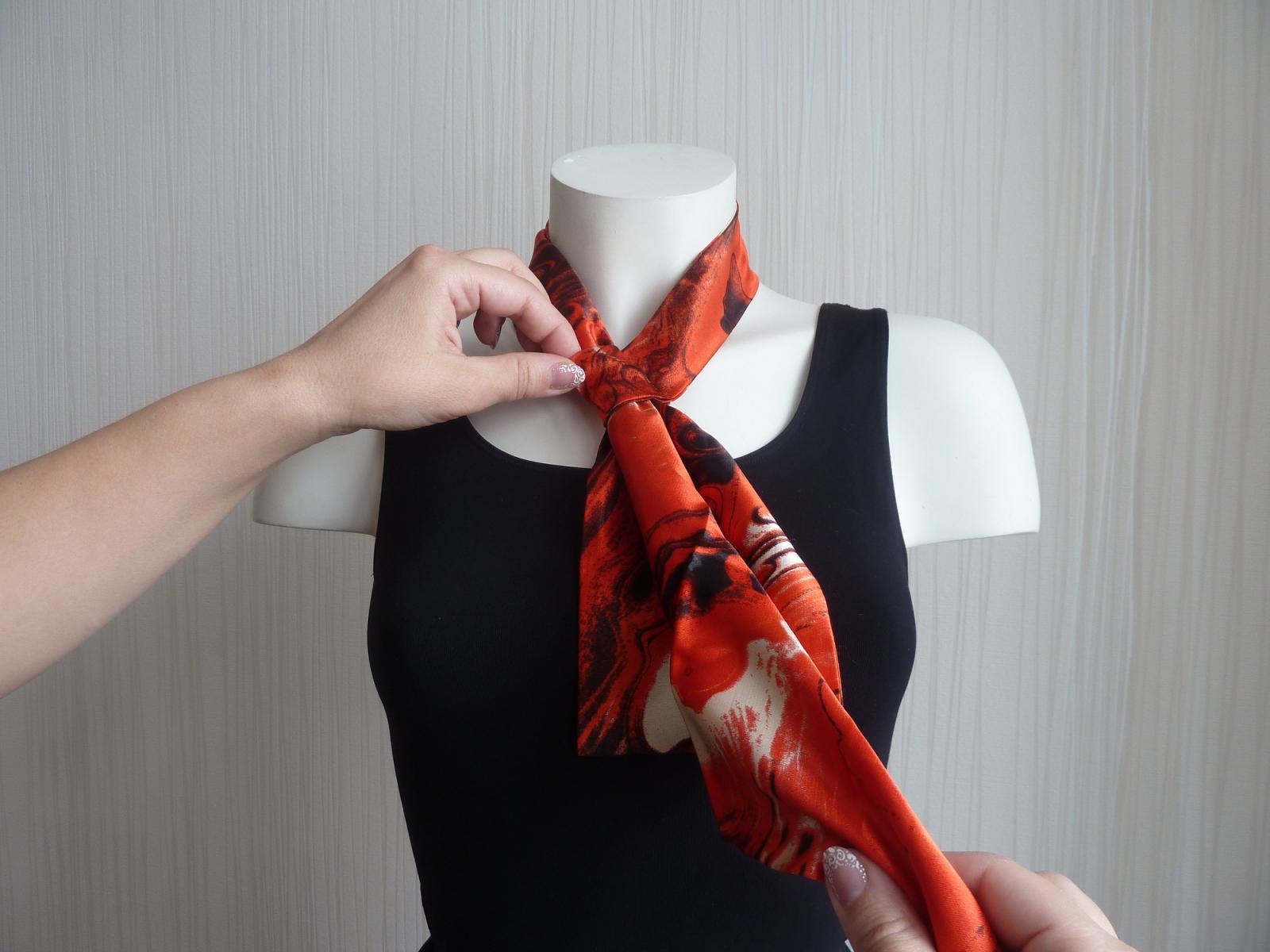 Как завязывать галстук французский