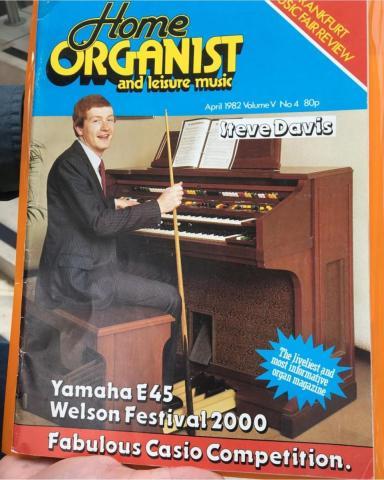 Davis.organist.jpg